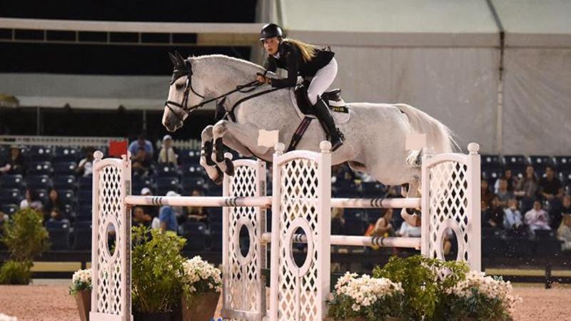 2017.12.03.99.99 PBIEC Holiday & Horses GP Kristen Vanderveen & Bull Run's Faustino de Tili