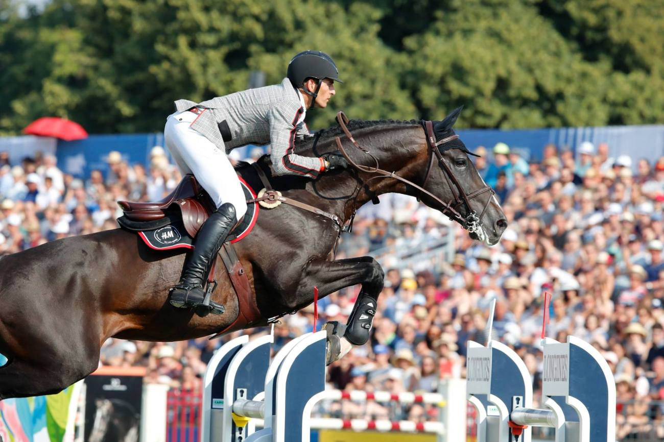 2018.07.15.99.99 LGCT Chantilly CSI 5 GP Nicola Philippaerts & H&M Chilli Willi LGCT SG 2.jpg