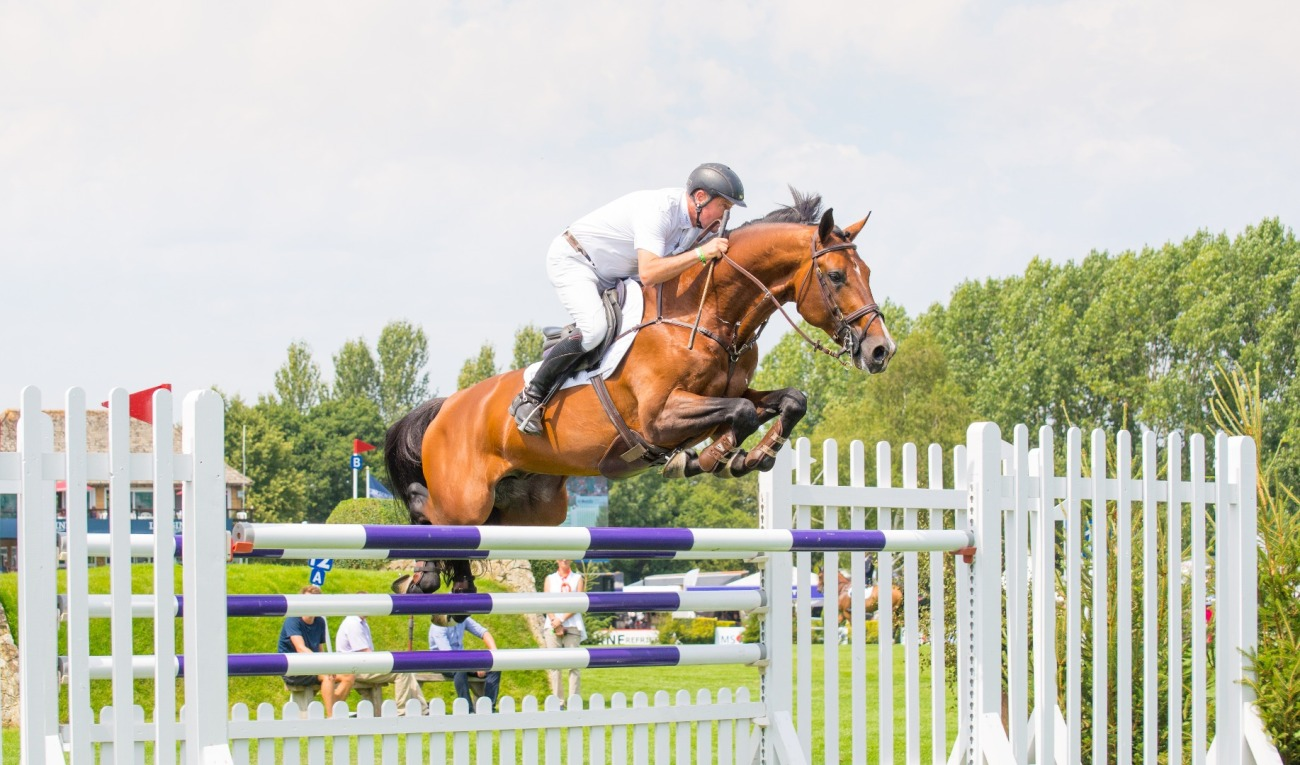 2018.07.27.99.99 Hickstead CSIO 5 Bunn Leisure Robert Smith & AEJC Nigel Goddard