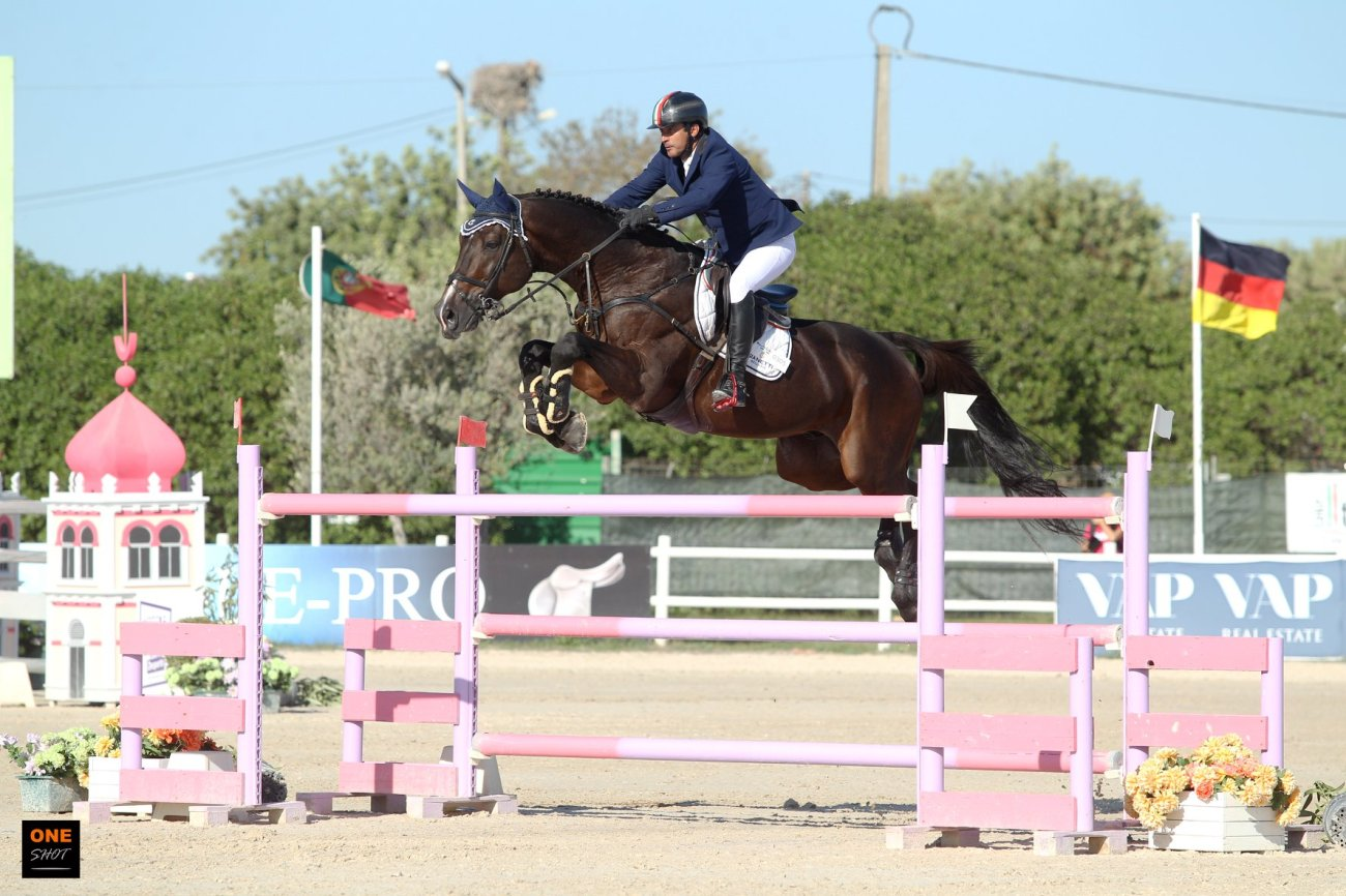 2018.10.16.99.99 Vilamoura CSI 3 GP Juan Carlos Garcia & Crocodillo One Shot 2.jpg