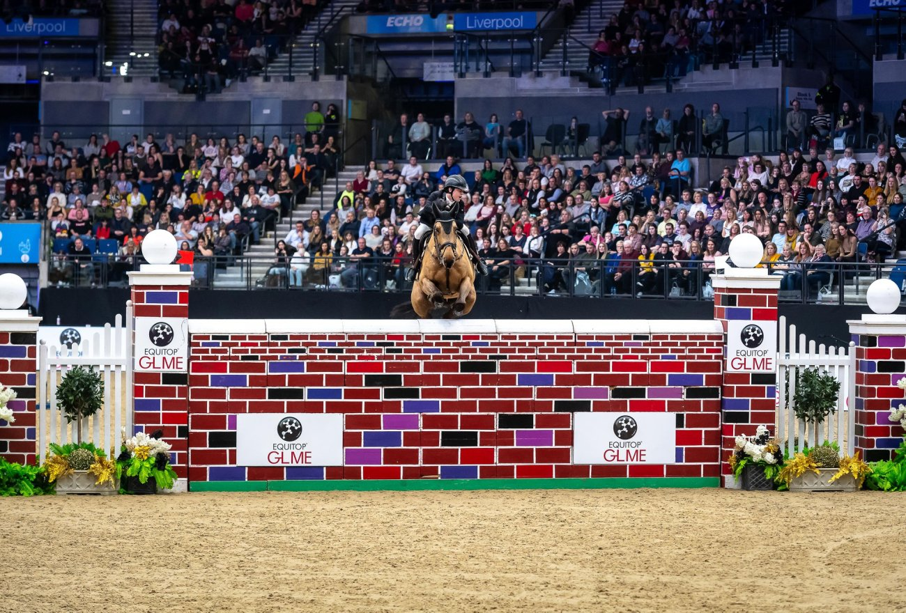 2019.01.01.99.99 Liverpool CSI 4 Puissance Matthew Sampson & Top Dollar VI LIHS