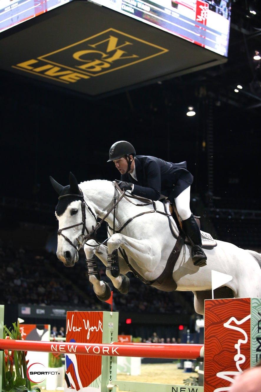 2019.04.22.99.99 Longines Masters NY CSI 5 Preview Horses Arrive EEM 5