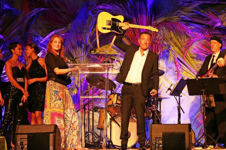 2020.01.13.99.99 News Bruce Springsteen Host USET Gala USET Found