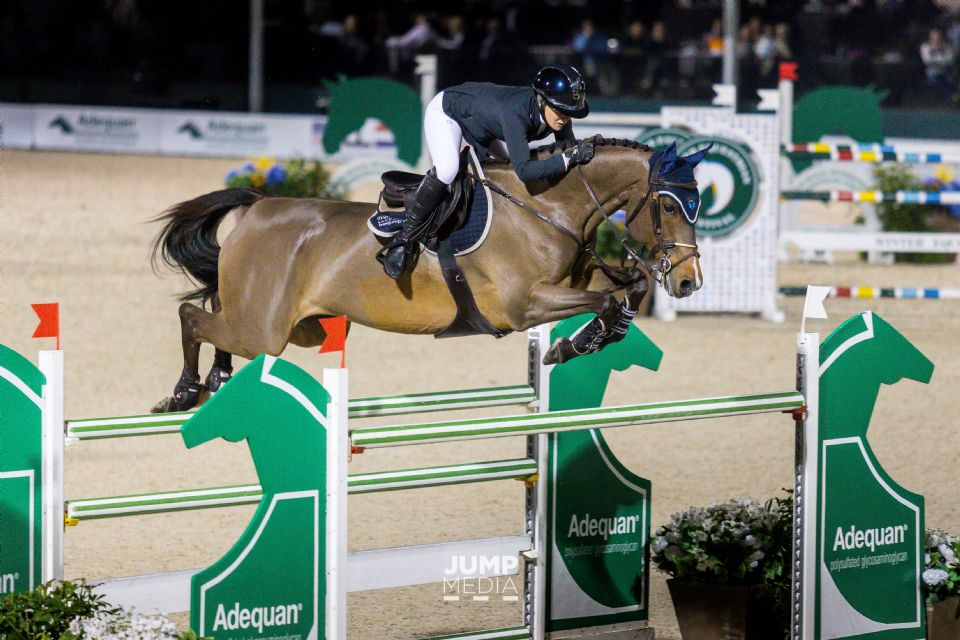 2020.01.29.99.99 WEF CSI 3 Leading Lady Rider Amanda Derbyshire & Cornwall BH Jump Media